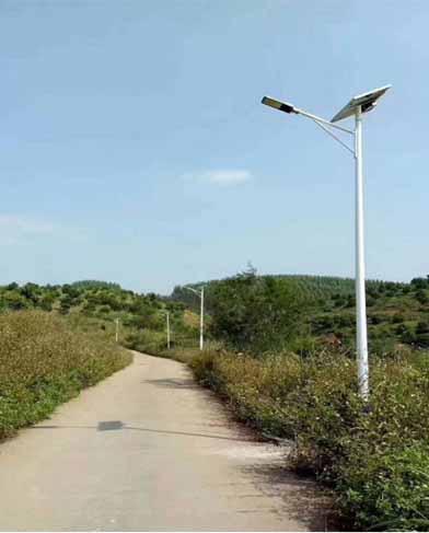 贵州仁怀新农村扶贫项目太阳能路灯项目施工