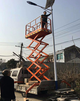 太阳能路灯维修